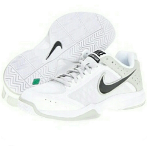 hot sale online d6409 100b6 Men`s Air Cage Court Shoes White and Grey. M 5a9f329831a3765637b94ce1